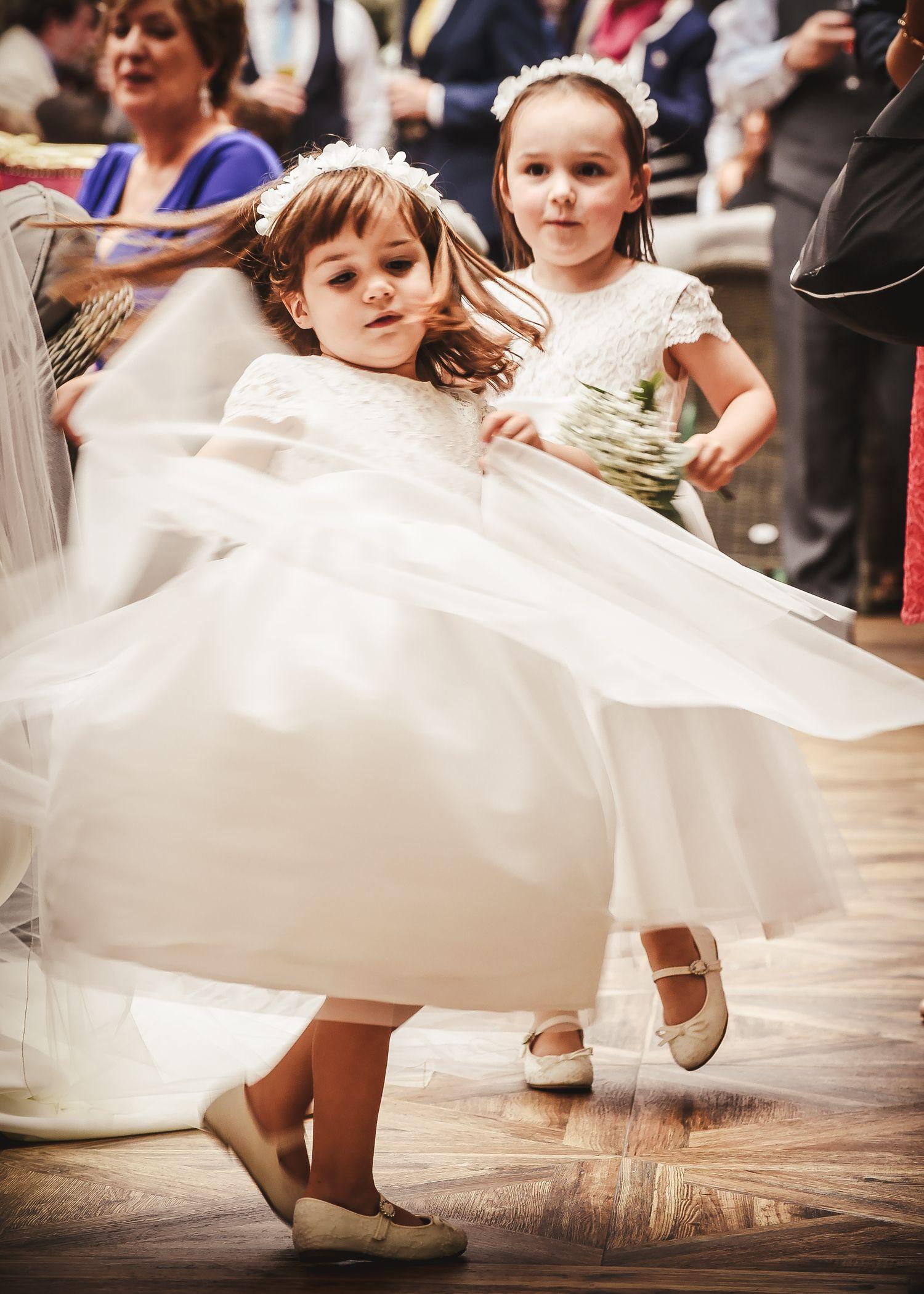 girl photoshoot in wedding